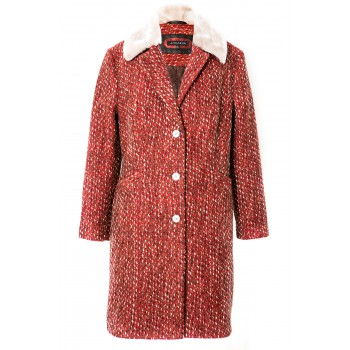 Red wool coat with beige fur